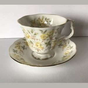 Royal Albert Yellow Ribbon Teacup & Saucer